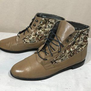 Vintage Tan and Fabric Booties Jeda Design Size 9
